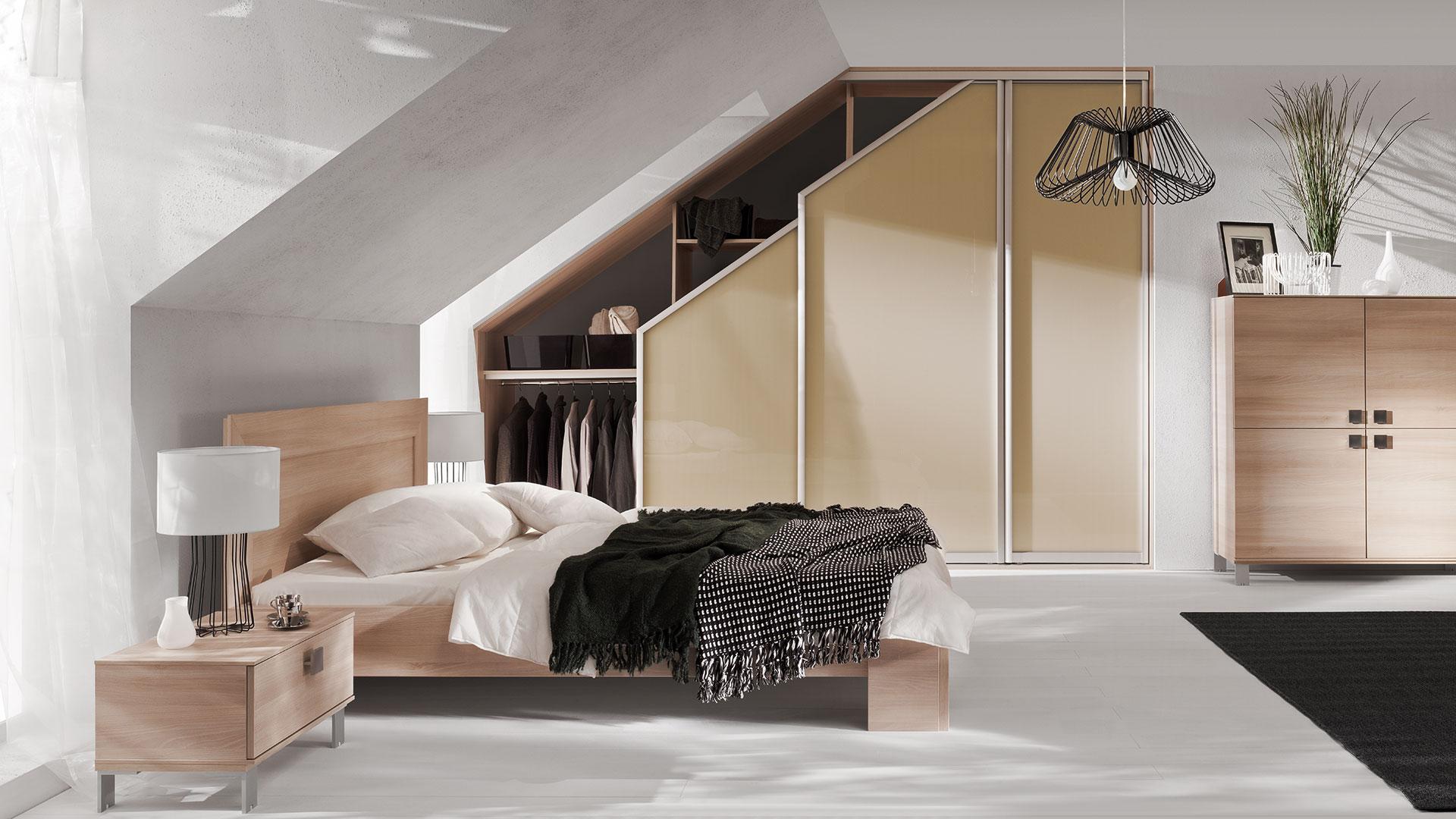 Lux keretes tetőtéri beépített szekrény