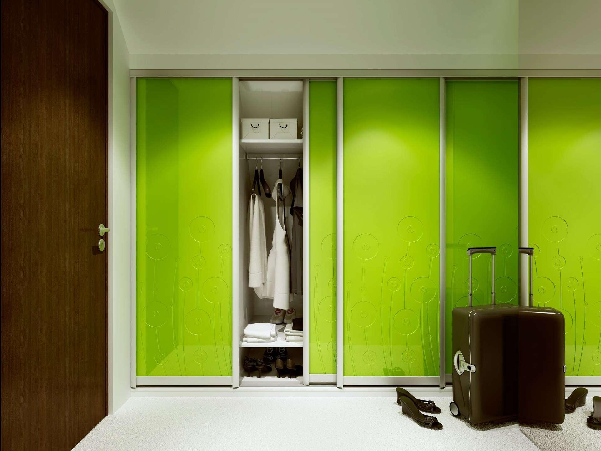 Lazuryt keretes előszoba beépített szekrény