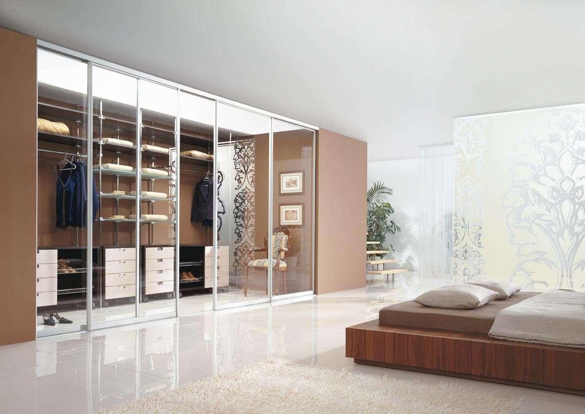 agat keretes beépített szekrény nappaliba